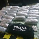 Băcăuan prins cu 2.8 kilograme de marijuana și cca 100 grame de hașiș
