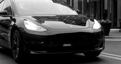După lansarea mașinii sale electrice în România la începutul acestui an, este posibil să ne așteptăm ca Tesla să investească pe piața locală în viitorul apropiat?